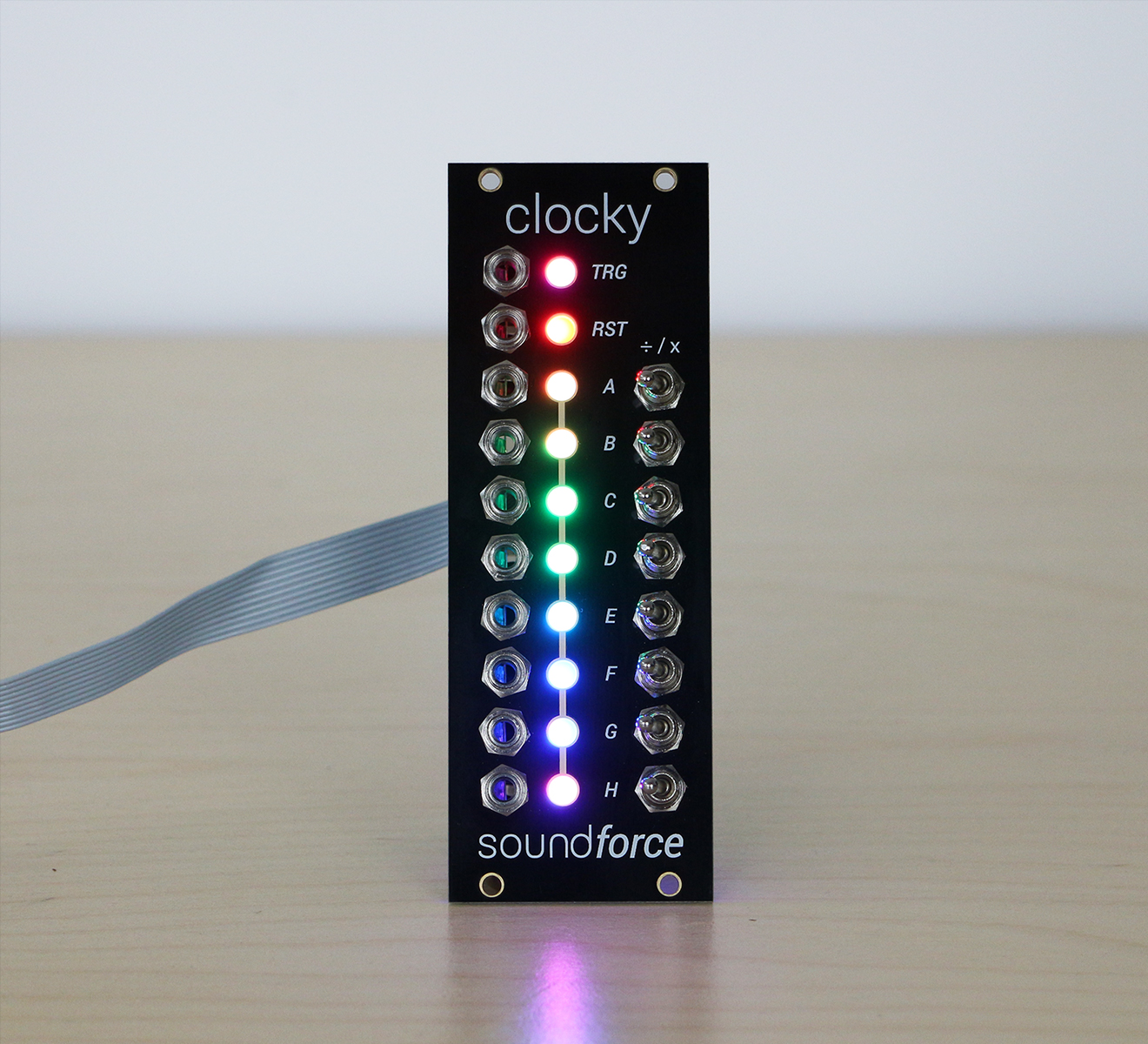 Clocky_front_leds2